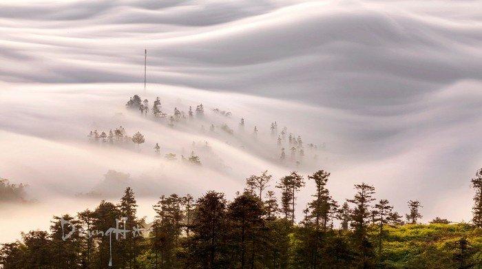 Sapa tháng 8  Những dòng sông mây cuộn chảy đến cuối trời